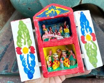 Very Small Vintage Peruvian Folk Art Retablo Ceramic Nativity Scene in Wood Box, Christmas Decor