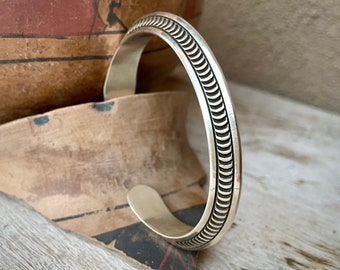 47g Carinated Sterling Silver Cuff Bracelet for Women Men Unisex, Navajo Native American Jewelry