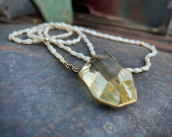 """Huge Faceted Pale Yellow Citrine Pendant on Freshwater Pearl Chain Necklace 25"""", Estate Jewelry"""