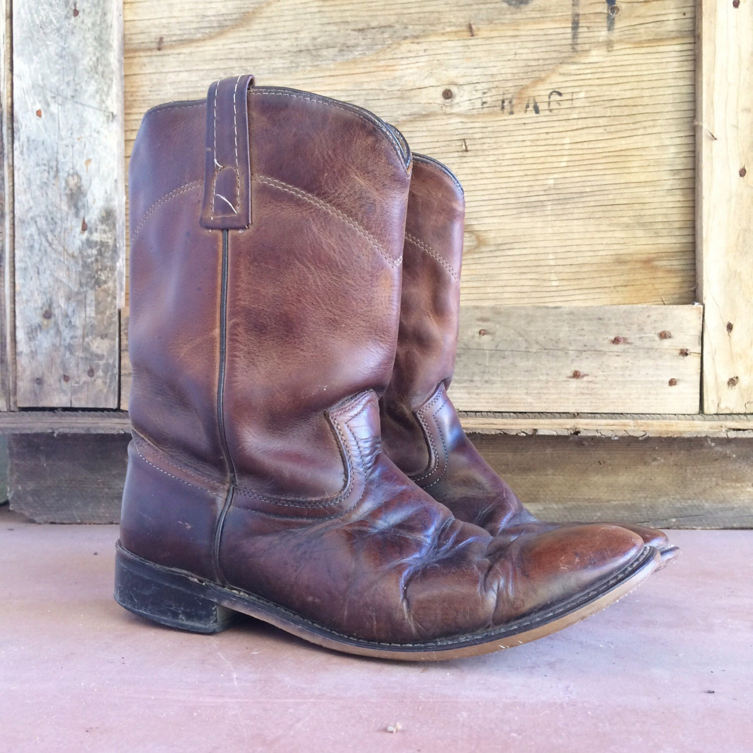 14a81e1443b Vintage distressed Men's 8.5 EW Justin Roper boots, brown leather ...