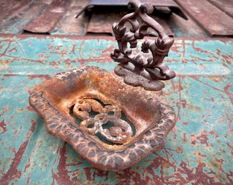 Vintage Rusty Cast Iron Soap Dish for Plant Room or Outdoor Sink, Rustic Bathroom Decor Cottage