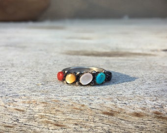 Dainty Turquoise Ring for Women with Multisontes, Southwestern Jewelry, Bohemian Ring