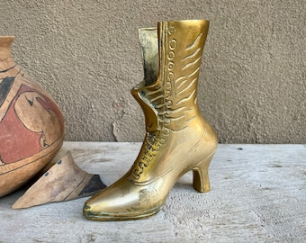1970s Brass Victorian Boot Figurine Pencil Holder or Bud Vase, Made in Korea, Victorian Decor