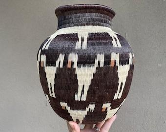 "9.5"" Panamanian Basket Vase Wounaan Embera, Dark Brown with Figural Abstract Images, Tribal Decor"