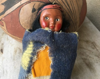"""6.75"""" Tall Female Skookum Doll Looking Right, 1940s Wooden Legs and Paper Tape Feet, Bully Good"""