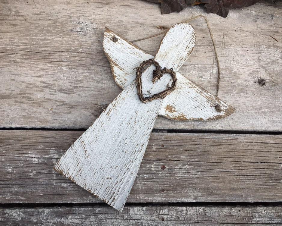 Distressed Wood Angel Wall Hanging With Twig Heart Rustic Garden
