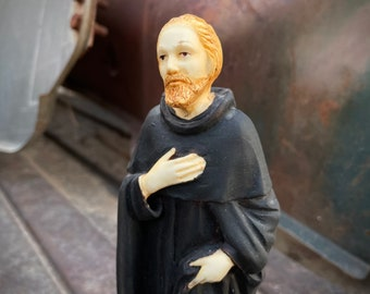 """1960s 7-1/2"""" Figurine Saint Peregrine Patron of Persons with Cancer, Vintage Religious Statues"""