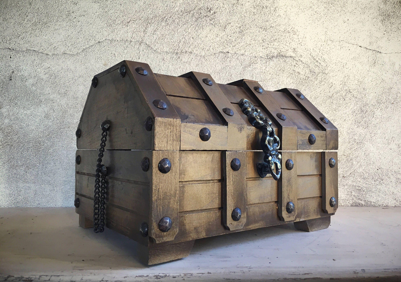 Vintage treasure chest jewelry box, Men's jewelry box ...