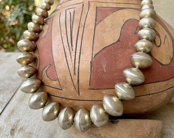 """66g Sterling Silver Navajo Pearls Necklace 18"""", Saucer Shape Graduated, Native American Jewelry"""