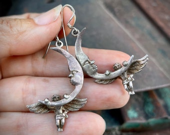 Vintage Sterling Silver Crescent Moon Earrings with Angels, Three Dimensional, Celestial Jewelry for Women, Cherub Lovers Gift Sister Friend
