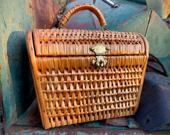 Vintage Woven Straw Basket Box Purse with Top Handle Made in Spain, Wicker Standup Handbag