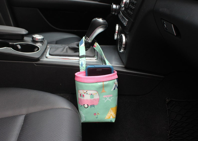 Car CELLPHONE Caddy Riley Blake Glamping CAMPERS and TENTS image 0