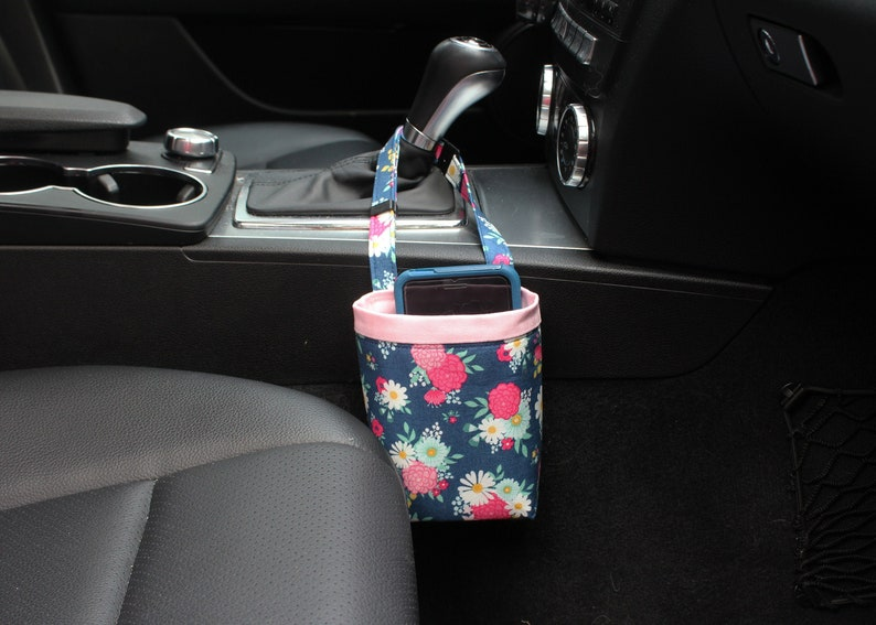CAR CELLPHONE Caddy Riley Blake Glamping Bouquets Blue image 0