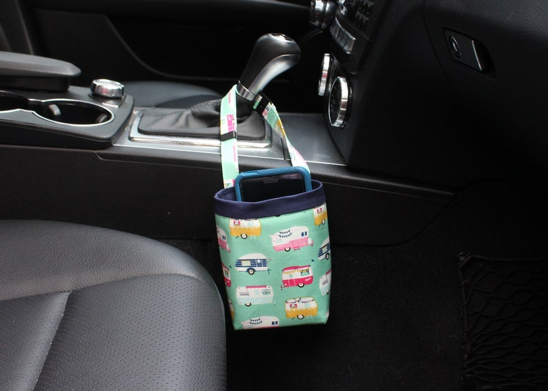 Car CELLPHONE Caddy Riley Blake Glamping Small CAMPERS Mint image 0