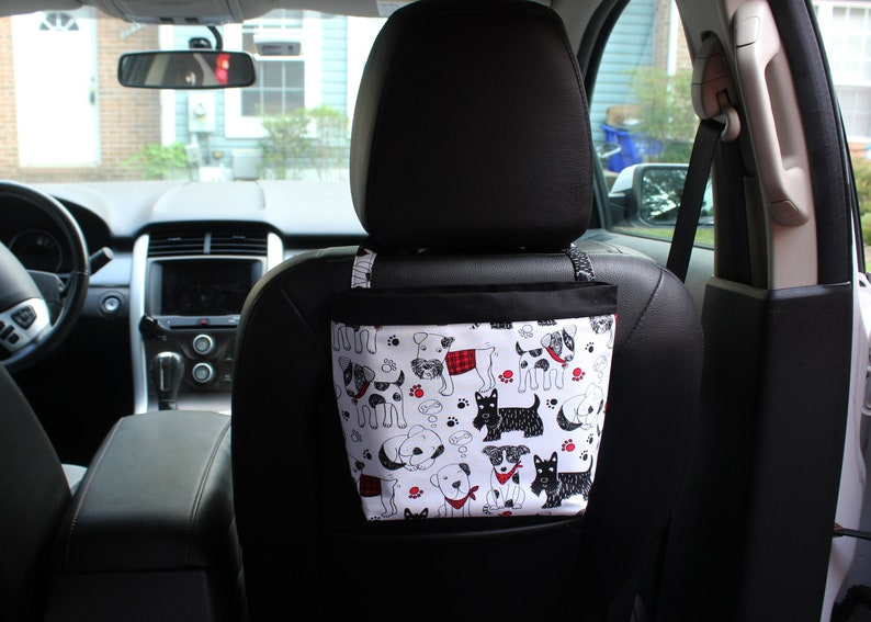Headrest CADDY Scribble Dogs by Timeless Treasures Women image 0