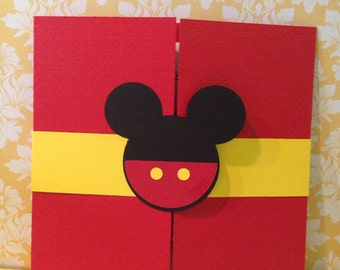 30 Mickey Mouse gatefold birthday invitations