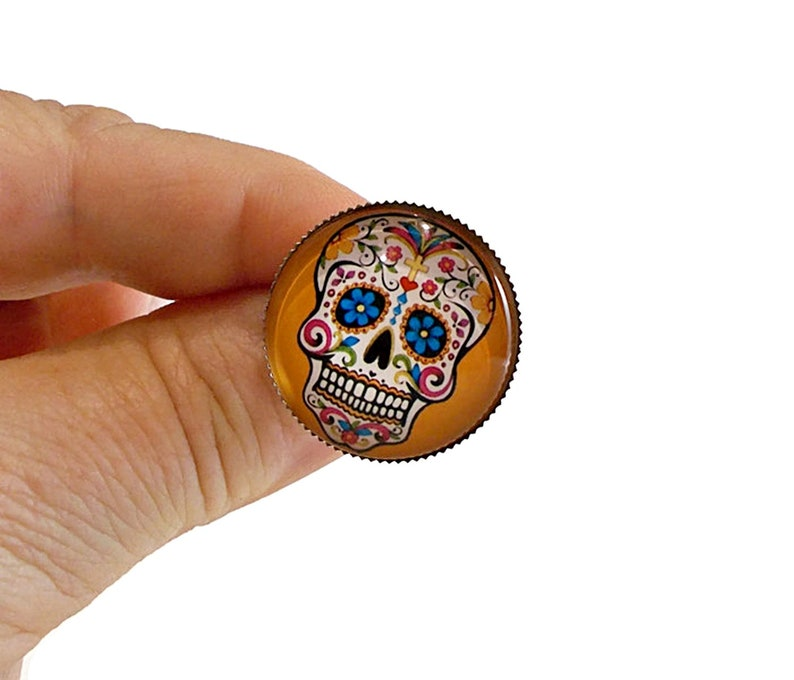 Sugar Skull Pin, Candy Skull, Button Pins, Pins for Jackets, Pins for  Backpacks, Hat Pins, Cool Pins, Jacket Pins, Jacket Buttons, Fun Pins