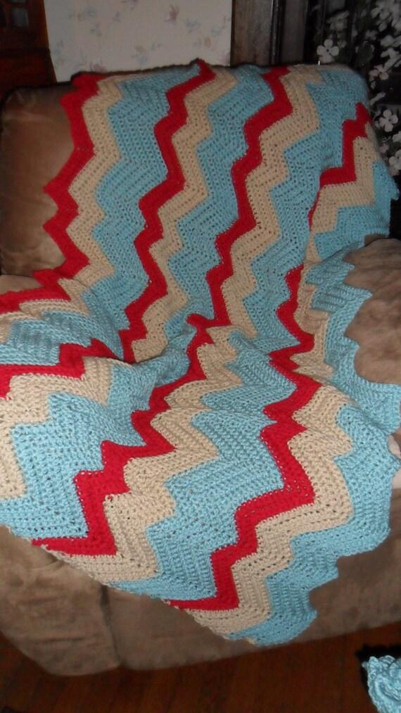 -  Blanket Throw Bedspread Tan Large   /'/'RIPPLES/'/'   in Aqua 64inWx42inL Red Crochet Afghan