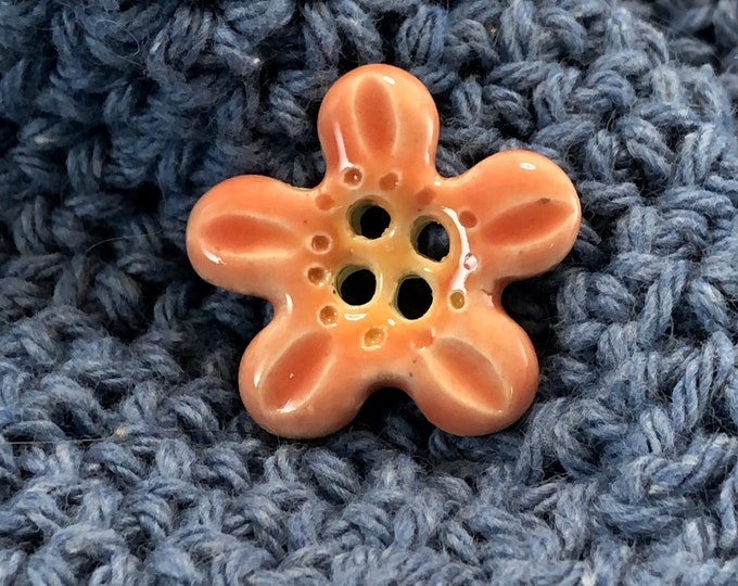 4-Hole Pink and Orange Five Petal  Flower Buttons