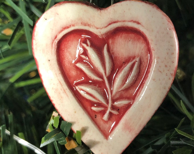 Valentine Decoration/ Folk Heart  with Tulip Ornament/ Red and White