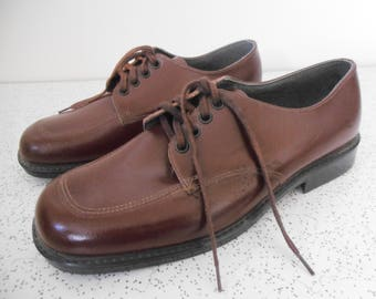 1970s vintage clarks school shoes in brown leather