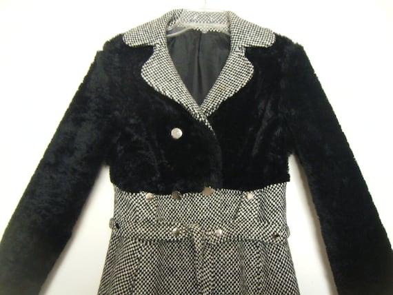 1960s LOUIS FERAUD Mod Miss Feraud  Black Mutton H
