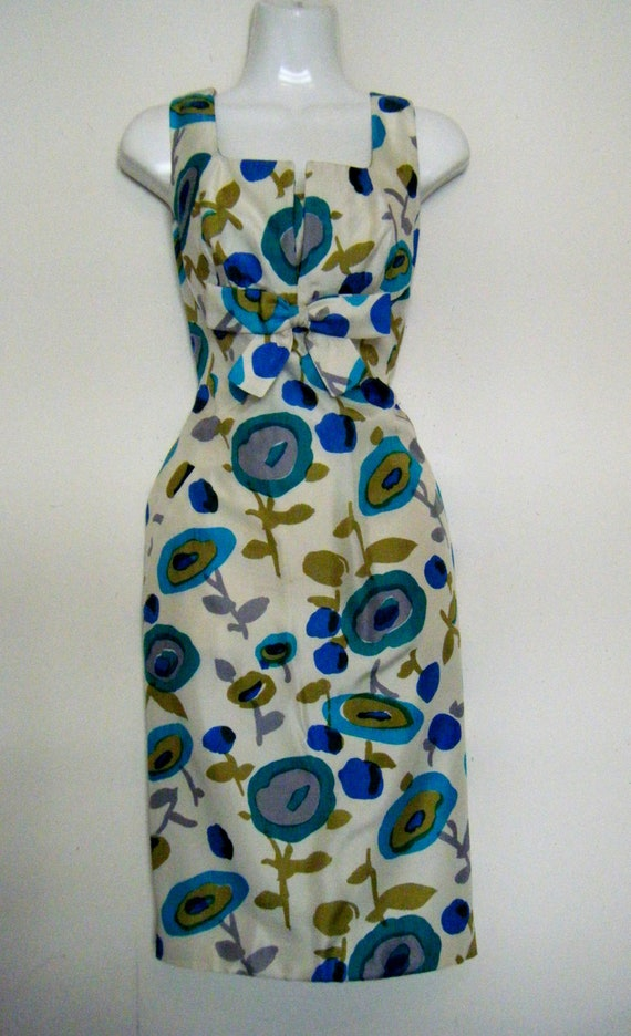 BOMBSHELL 50s/ 60s  Silk WIGGLE DRESS, size m
