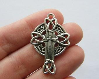 BULK 20 Celtic knot cross charms antique silver tone C39