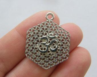 4 Flower of life pendants bright gold tone GC199