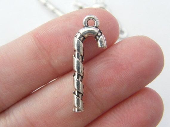BULK 50 Heart charms tibetan silver H17