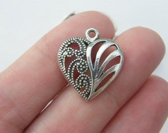 BULK 30 Heart pendants antique silver tone H30