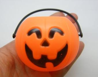 1 Pumpkin miniature Halloween candy bucket plastic