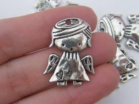 6 Angel charms antique silver tone AW68