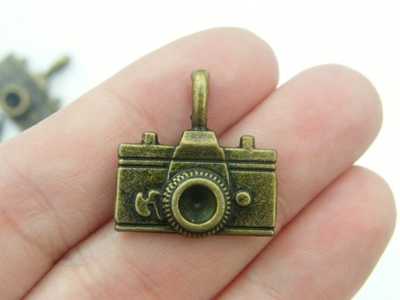 4 Camera charms antique bronze tone BC236