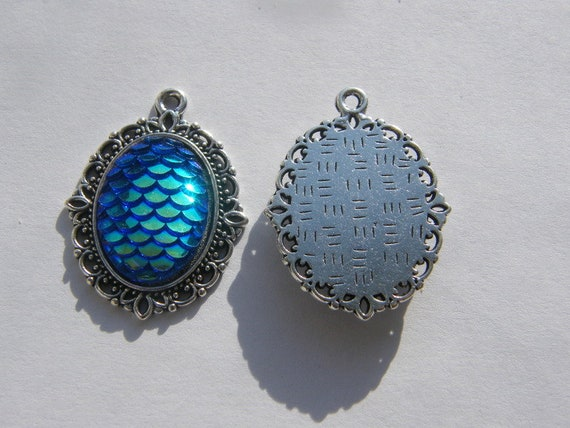 4 Mermaid scale blue charms antique silver tone SC249
