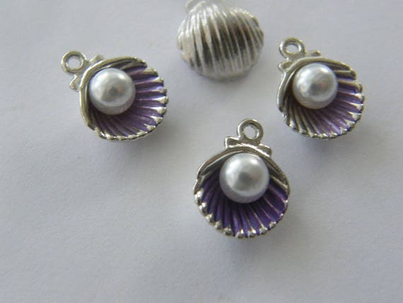 6 Pearl in oyster shell purple charms silver tone FF379