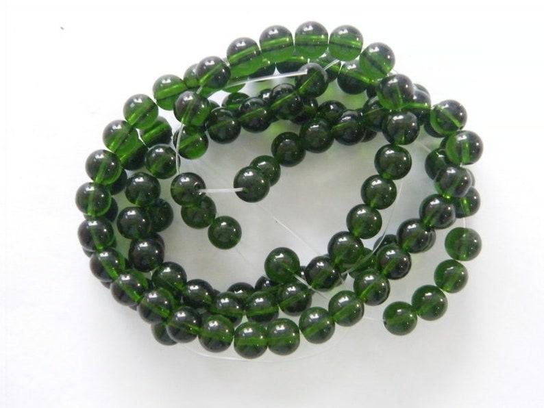 100 Green beads 8mm glass B175