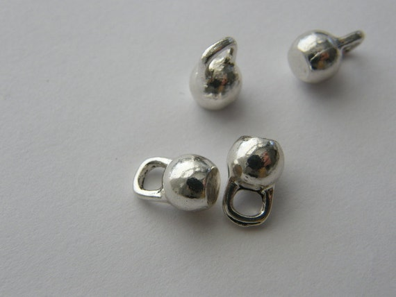 4 Kettle bell charms antique silver tone SP203