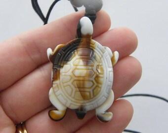 1 Turtle pendant resin NB15