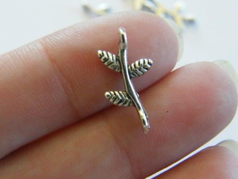 BULK 150 Leaf on branch connectors antique silver tone L60