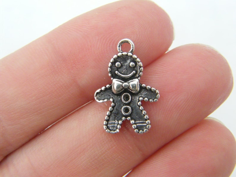 10 Gingerbread man charms antique silver tone CT81 image 0
