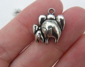 6 Elephants charms antique silver tone A525