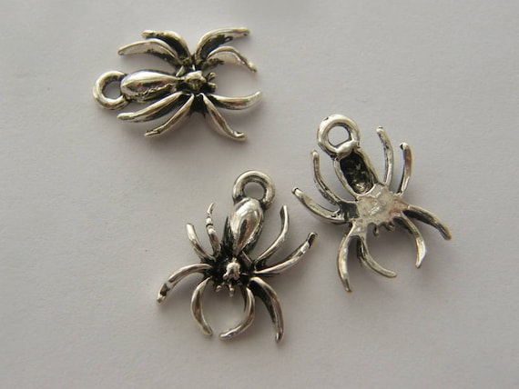 8 Spider charms antique silver tone HC137