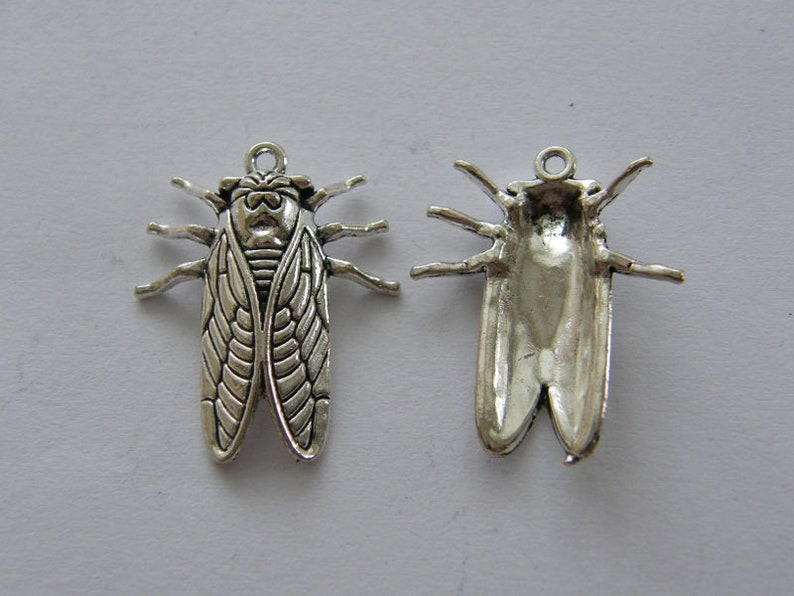 BULK 30 Insect cicada pendants antique silver tone A1000