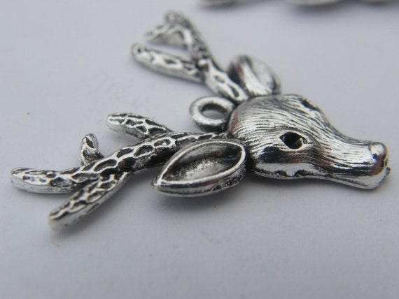 BULK 20 Reindeer pendants antique silver tone CT23