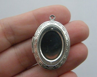 1 Locket pendant 34 x 24mm silver plated FS239