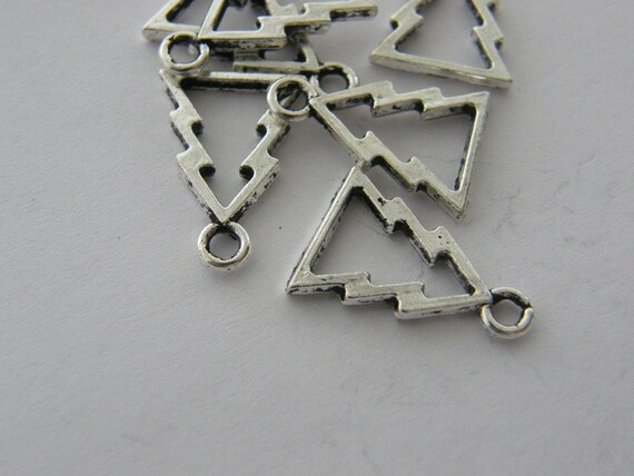 10 Christmas tree charms antique silver tone CT57