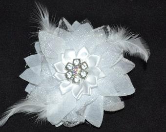 White Bridal Flower Hair Clip- Wedding Hair Clip - Crystal Wedding hair clip - crystals -Feathers - Bridal Accessory, wedding hair piece