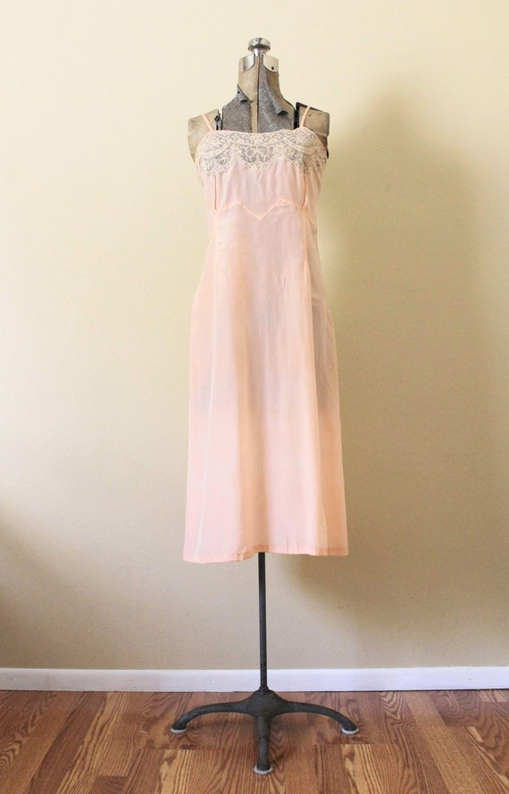 Reserved 1930s Nightgown / 1930s Pale Peach Pink … - image 7