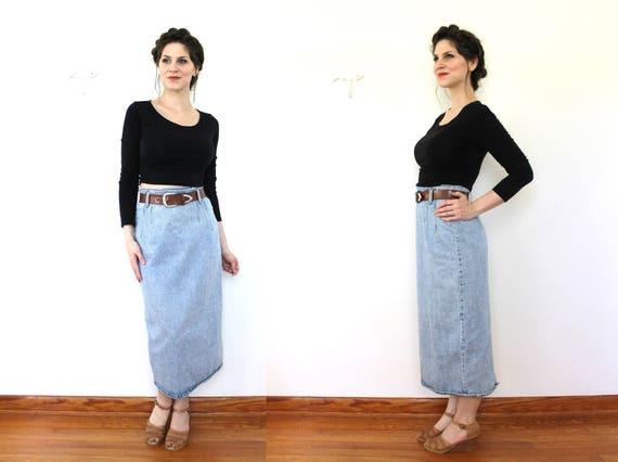 1980s Denim Skirt / 80s Light Wash Ultra High Wais